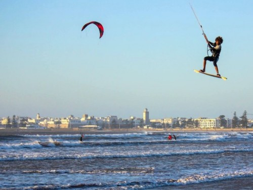 Surfing kitesurfing and windsurfing